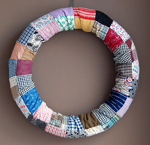let's make a patchwork wreath!